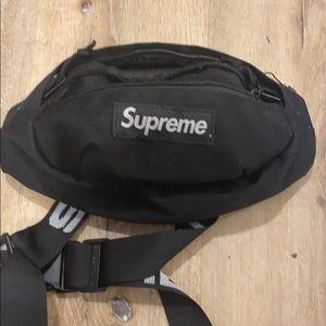 Black supreme fanny pack